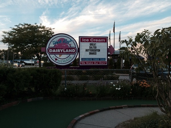 Uncle Ray's - a great place for ice cream and putt-putt golf