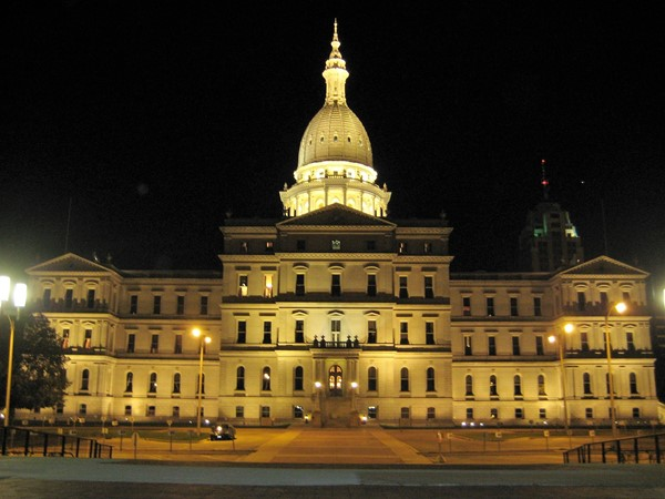Beautiful day or night, The State Capital Building