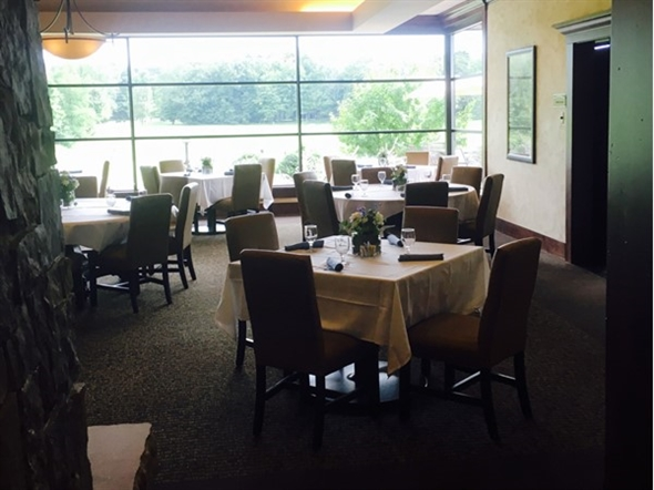 Dining room is delightful at the Railside Golf Club