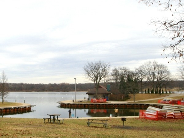 Navigate Kensington Metropark lakes with a boat rental