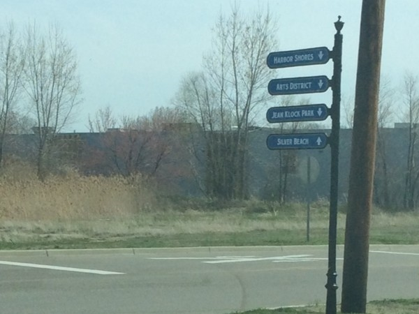 Directional sign for Benton Harbor