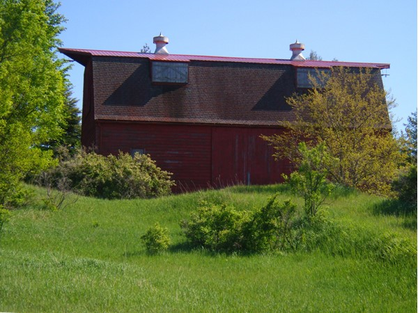 Old barn on Eden Hill