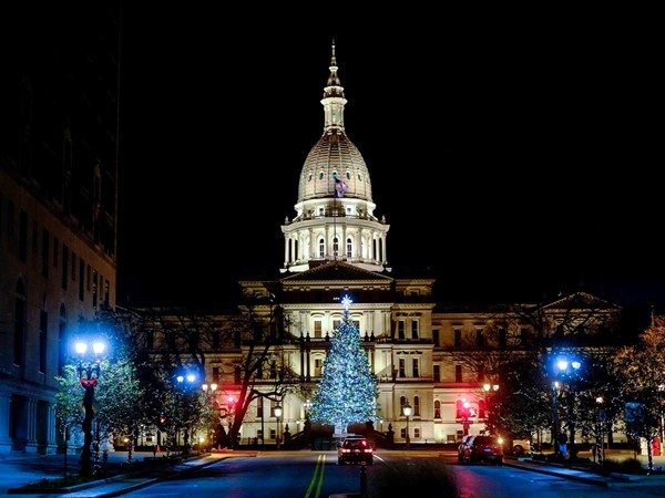 Lansing Capital at Christmas time