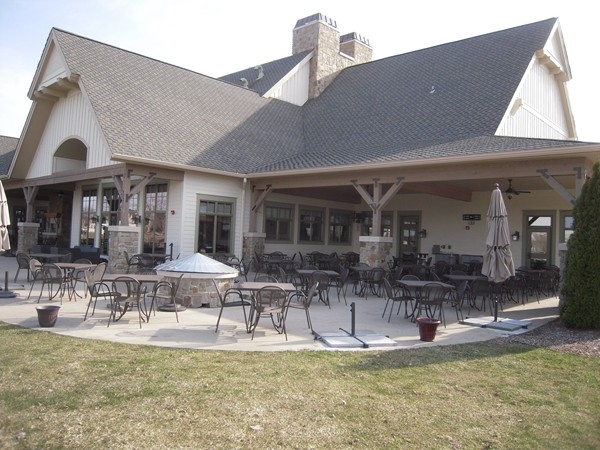 The patio area overlooking the 18th hole of the country club
