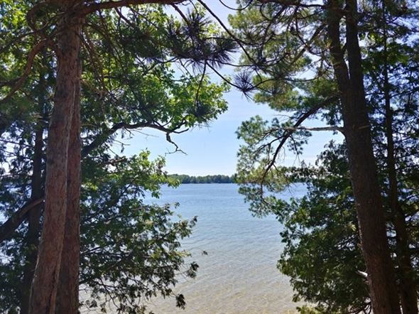 Beautiful water, beautiful homes...explore Green Lake in Interlochen