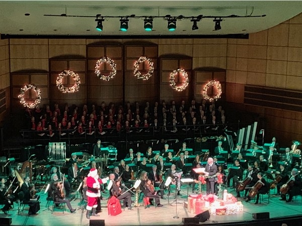 The GR Symphony Holiday Pops gets a visit from Santa! Always love this event each year