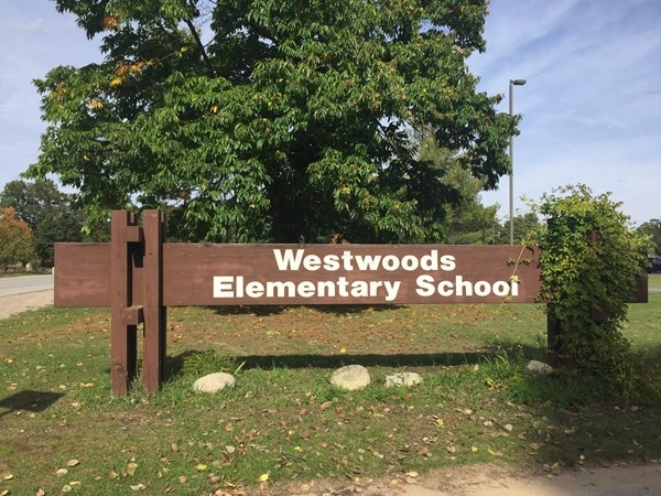 Westwoods is a K-5th elementary school within walking distance of several Westside neighborhoods