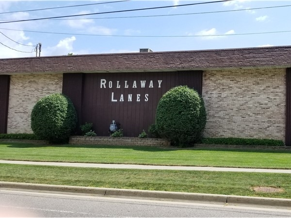 Rolloway Lanes - Bowling Alley in Davison